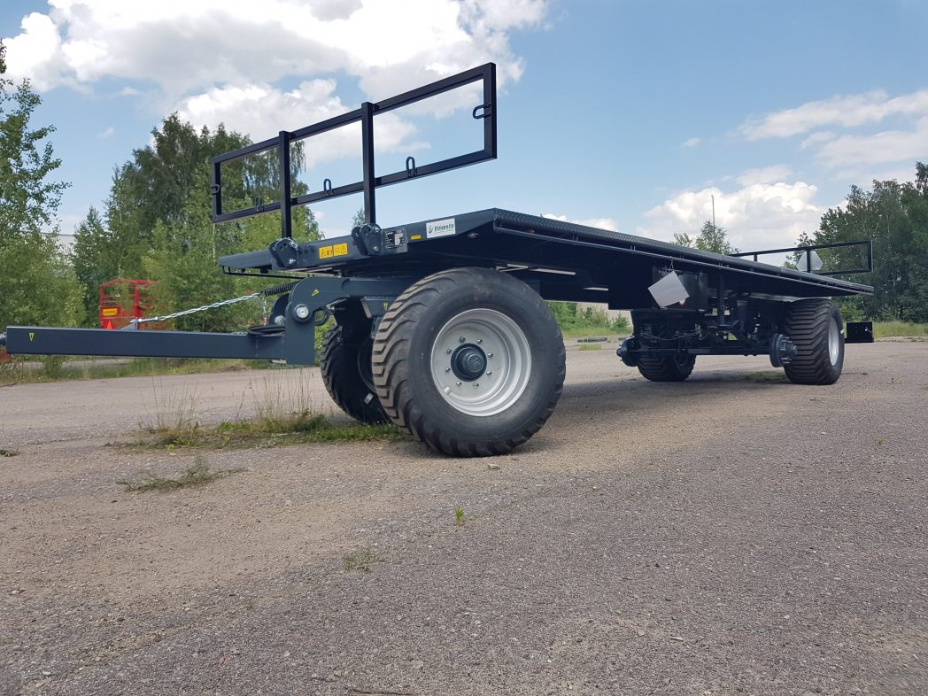 Rulonų transportavimo priekaba DINA RPP (traktorinė platforma).