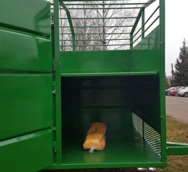 1. Gyvuliu pervezimo priekaba, galviju priekaba, gyvuliu pervezimas, gardas, traktorine priekaba, livestock trailer, livestock, animal trailer12